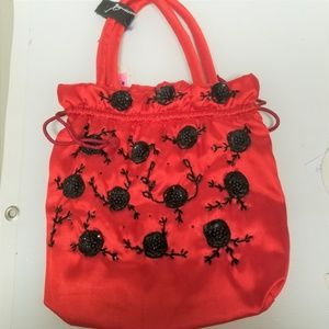 100% Red Silk Purse with Sequins and Beads in Blk